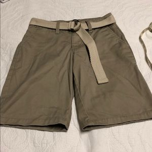 🏃🏻♂️NWOT Boys Quicksilver khaki Shorts